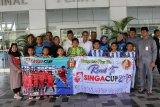 Wakil Wali Batam lepas tim sepak bola u-10 ke Singapura