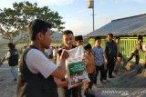 ACT NTB distribusikan bantuan beras untuk santri