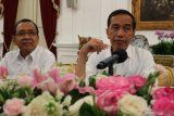 Jokowi: Nadiem Makarim minta 100 hari sistem aplikasi belajar
