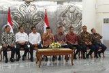 Ma'ruf Amin diitugasi Jokowi urus pembangunan SDM dan ekonomi syariah