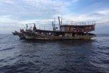 Polda Riau tangkap tujuh kapal nelayan asal Sumut
