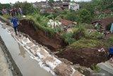 Lima kecamatan rawan longsor di Banjarnegara terus dipantau