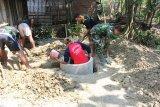 Kodim 0403  Ogan Komering Ulu bangun jamban gratis