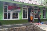 TNI Kodim Cilacap kunjungi penerima bantuan perbaikan RTLH