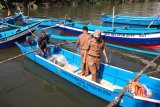 Nelayan di Pessel terima tiga unit mesin
