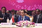 Presiden Jokowi mengajak pelaku perbankan turunkan suku bunga kredit