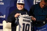 Maradona bantah klaim putrinya yang sebut dirinya sekarat