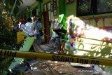 Dua orang meninggal akibat atap sekolah ambruk, diduga kontruksi bangunan tak sesuai