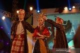Tiga tarian khas Kerajaan Buton menjadi penutup Hari Pangan Sedunia