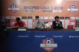 Pelatih Kalteng Putra ingatkan pemain hindari kartu merah