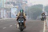Kota Baturaja diselimuti kabut asap karhutla saat pagi hari