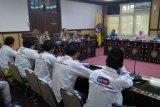 Mahasiswa mendatangi kantor wali kota pertanyakan megaproyek Mataram