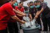 Polda Riau musnahkan 65 kilogram ganja asal Aceh
