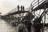 Dua wisman korban runtuhnya jembatan Montigo kembali ke Singapura