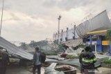 Stadion Arcamanik rusak diterjang angin kencang