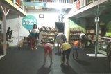 Tanah Ombak ruang baca dan kreativitas bagi anak pantai