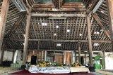 Renovasi nDalem Notoyudan Yogyakarta dilanjutkan proses perbaikan pendopo