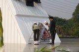 Presiden Joko Widodo sebut Indonesia butuh pahlawan pemberantas kemiskinan