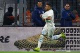 Tundukkan Lyon, Marseille mendekat ke PSG