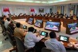 Presiden minta para Menteri belajar dari AS sebelum terbitkan peraturan
