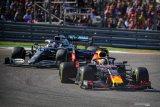 Verstappen dibuat bosan dengan dominasi Hamilton