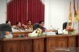 Dinas Pendidikan Barito Selatan diminta perhatikan pemerataan sebaran guru
