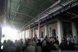 Ribuan orang ikuti shalat jenazah Ustadz Taufiq Hasnuri