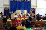 Bupati Gaghana laksanakan Me'daseng di Kendahe