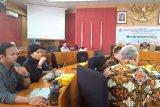 UNP akan teliti penyebab  kematian massal ikan di Limapuluh Kota