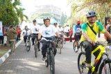 Meriahkan Milad 107 Muhammadiyah, UMP Bersepeda Bersama masyarakat keliling Purwokerto