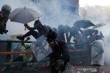 Polisi Hong Kong tembakkan gas air mata untuk bubarkan unjuk rasa