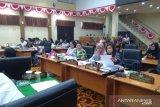 Legislator Jurani Rurubua desak Pemkot Manado lelang proyek Januari