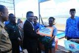 Pemkot Kendari Salurkan Bantuan Sarana Perikanan Tangkap 2019