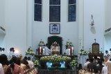 Misa 100 tahun MSC di Gereja Katedral Manado