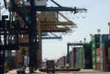 Dirut Pelindo IV dukung Menteri BUMN tinjau holding pelabuhan
