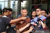 """Tiga pimpinan KPK ajukan """"Judicial Review"""" ke MK"""