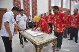 Gubernur Sulteng kukuhkan Pengurus Forikan Sulawesi Tengah masa bakti 2020-2023