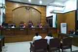 Hakim pertanyakan rumor Nunung jual rumah biayai perkara