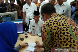 Wakil Gubernur Sultra jadi nasabah pertama saat peluncuran BTN Syariah