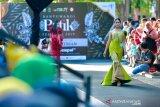 Ajang Batik on Pedestrian Banyuwangi tampilkan karya desainer daerah