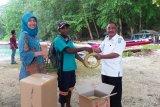 SKPT Biak Numfor salurkan bantuan perahu nelayan