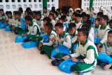 KPP Biak Numfor edukasi siswa SD Yapis 1 tentang pajak