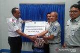 Renovasi halte Dinas Perhubungan Kota Kupang