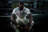 Deontay Wilder pertahankan gelar kelas berat WBC setelah pukul KO Ortiz