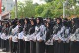 Puluhan guru honorer di Ogan Komering Ulu terima insentif