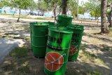Objek wisata pantai Lampung butuh truk sampah