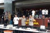 85 warga negara China anggota sindikat penipu internasional ditangkap