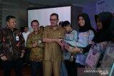 BNI serahkan hadiah pemenang program saudagar muda dan pelatihan UMKM