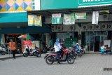 Dishub Mataram menertibkan juru parkir