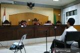 Terdakwa suap imigrasi mengungkap permainan kasus dengan tarif Rp100 juta